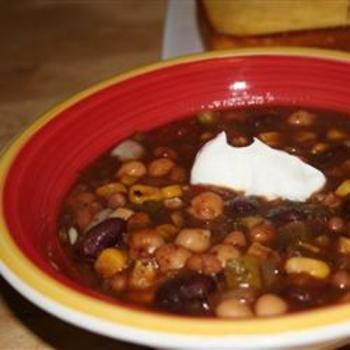 Grandma's Slow Cooker Vegetarian Chili | Food and Drink | Pinterest