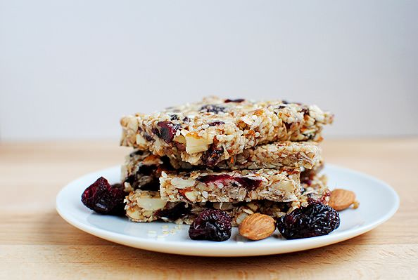 Homemade Chewy Granola Bars | Pre-Workout Snacks | Pinterest