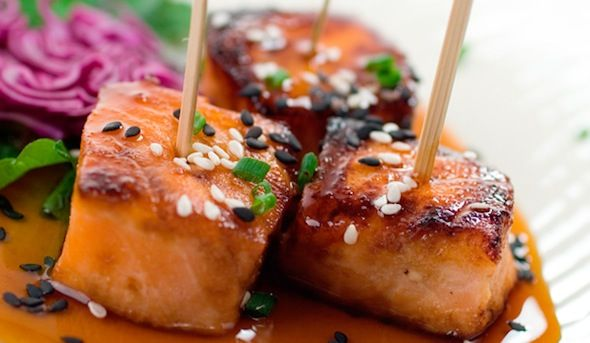 Enjoy these delicious grilled teriyaki salmon bites with a glass of Sutter Home Moscato!