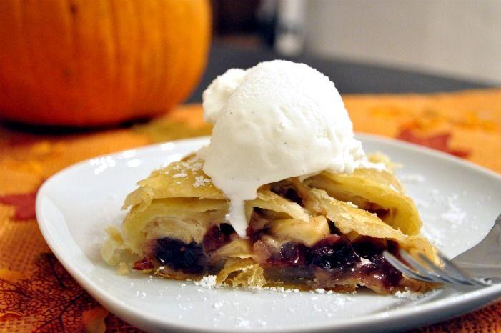 super easy apple & cranberry strudel w/vanilla bean ice cream!