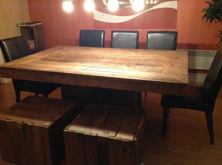 Table avec bois de grange d coration pinterest for Decoration porte de grange