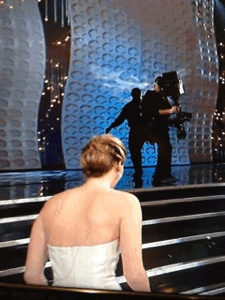 Oops jennifer lawrence falls at the oscars