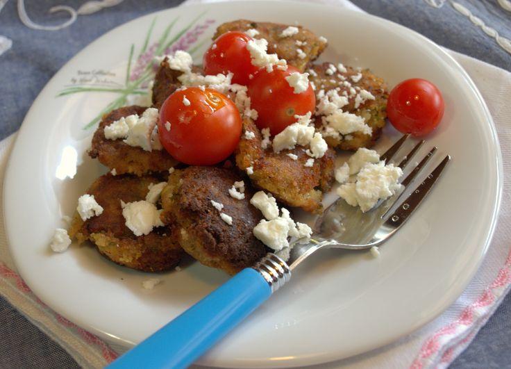 Kolokythokeftedes: zucchini and feta frittatas, light, summer dish ...