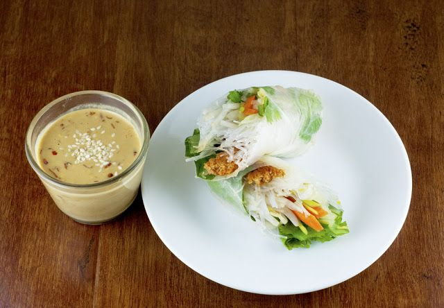 Sriracha Tofu Summer Rolls with Spicy Sesame Dipping Sauce by Fo Reals ...