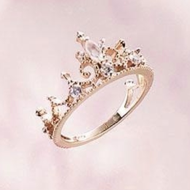 princess crown ring want need gorgeousness