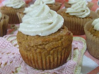 Pumpkin Spice Muffins With Cream Cheese Frosting | Cassidy's Craveable ...