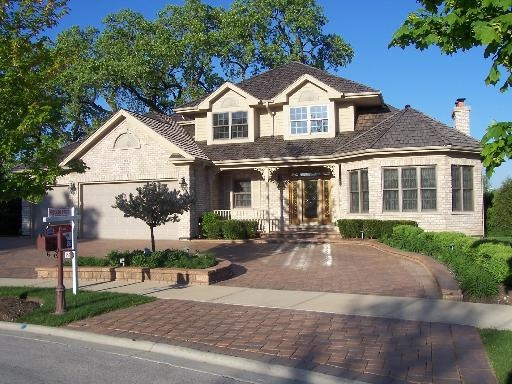 Shaped Driveway Landscaping : Pin by sandra thompson on homes