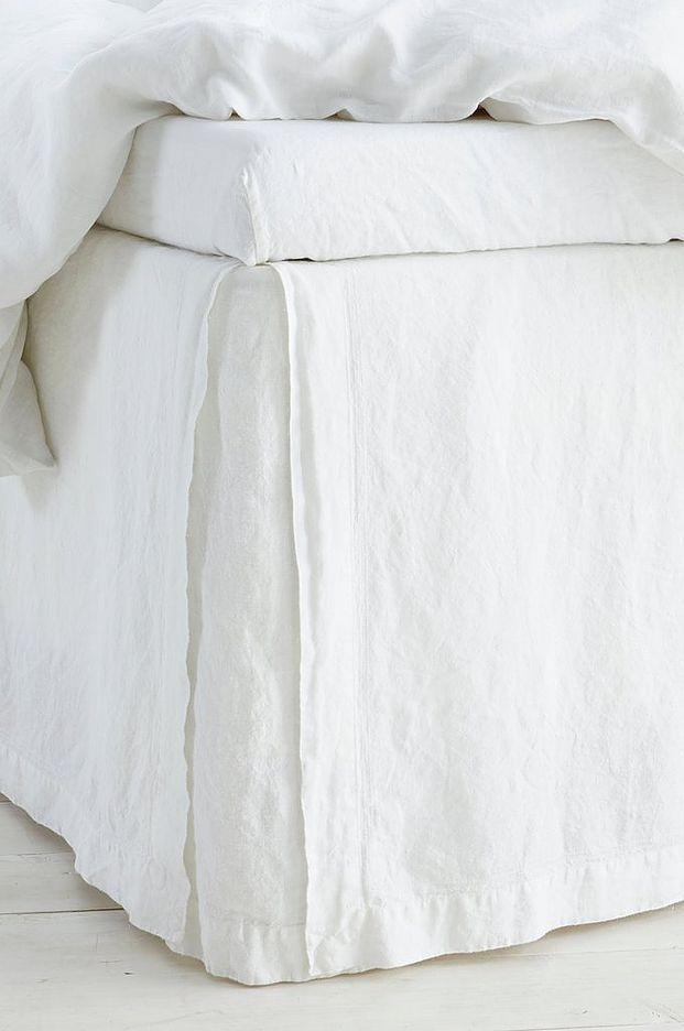 Sängkappa Elmira i tvättat lin