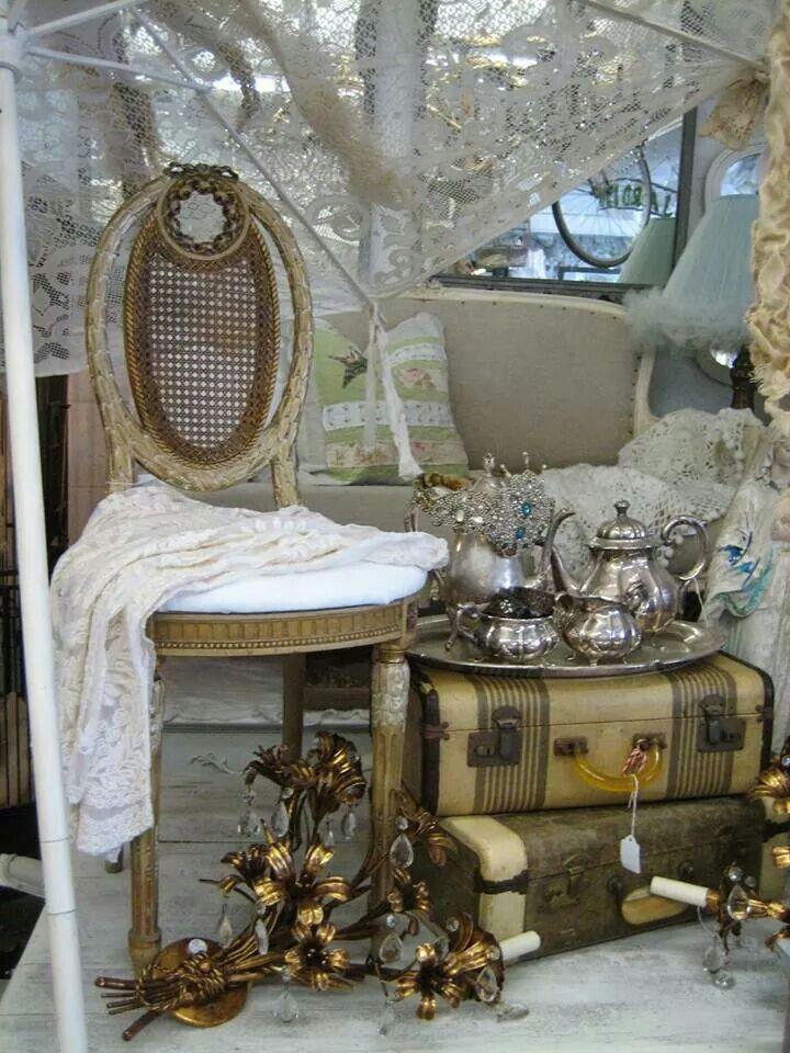 1000 images about vintage flea market style on pinterest for Flea market home decor