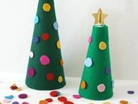 All kinds of Christmas & Hanukkah inspiration, including kids crafts and activities!