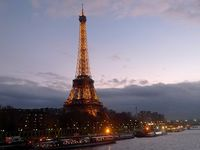Tour / Eiffel / Tower