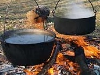 Dutch Oven, Camp & Cast Iron Cooking