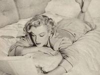 Marilyn Monroe ♥ Reading