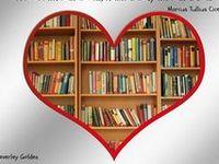 Bookshelves-Libraries-Nooks