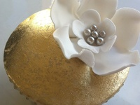 Parties that sparkle! We've found some glittery ideas for you next Gold parties. Enjoy
