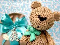Teddy Bear Cakes