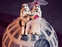 Star Wars / Star Trek Cakes