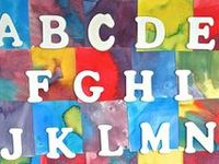 Fun activities and crafts to help young children learn the alphabet!