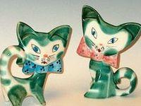 Kitschy Kitty Klutter