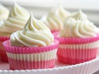 I love cupcakes & I'm sharing ones I find on blogs and around the Internet that I want to try!