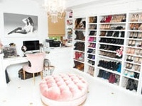 pinch me, am I asleep or have I died & gone to CLOSET HEAVEN?!