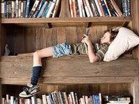 BOOKSHELVES & READING NOOKS
