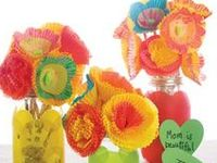 crafts and other handy things to do with cupcake liners