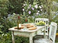 Shabby Chic Ideas for outside my home.