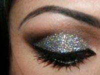 Make Up.... Beauty
