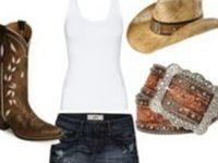 I'm a country girl that doesn't mind getting dirty but I do like being pretty!!
