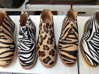 Adorables botas, botines, sandalias, espadeñas, deportivas etc.