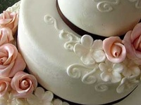 Beautifully decorated cakes & cupcakes
