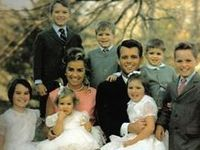 I certainly adored JFK & Jackie but, I was always drawn to the incredible mother, Ethel & handsome Robert. Rose's favorite, his brother's most trusted right hand, Jackie's confidant, a man of high morals, a passion for justice and a lover of his children & family. These are the Kennedys of Hickory Hill.