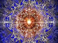 Las mandalas son imagenes organizados alrededor de un centro. Están incluidos dentro de la Geometria Sagrada, es decir su estructura posee codigos que operan como ordenadores e interactúan con nosotros a nivel inconsciente. Mandala sirve para meditar y tambien para encontrar el lado espiritual de la persona el verdadero YO.