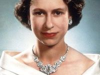 Royal jewels, crowns, tiaras, royal history