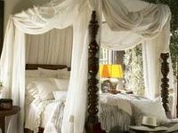 Serene British Colonial Bedroom Decor