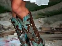 The hottest and cutest cowboy boots we can scavenge out in internetland!  View, drool, and enjoy!