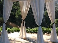 Decor and flowers for weddings, bar/bat mitzvahs, and planning special events