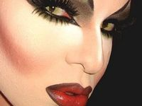Drag makeup