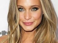 Celebrities with noteworthy hair!