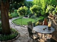 Landscape design & tips for small outdoor spaces.