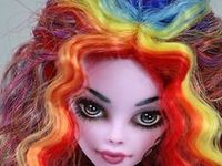 My favourite Monster High modifications... there are just so many amazing artists out there! <3