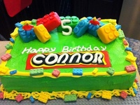 A wide range of Lego themed Birthday Cakes and cupcakes.