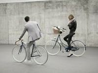 •.¸✿¸.•The world on a Bicycle•.¸✿¸.•