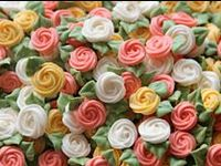 Also see my Sugar Flowers board for tutorials on how to make  flowers using gumpaste/fondant