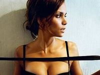 Halle Berry photos and body measurements