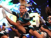 Cheerleader love