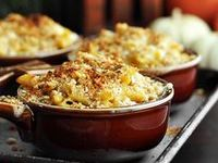 Delicious dishes and treats that are perfect for your Thanksgiving table...
