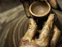 Quand on ouvre nos mains, il suffit de rien dix fois rien, il suffit d'une ou deux secondes ...