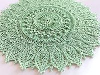 Crochet doilies table runners